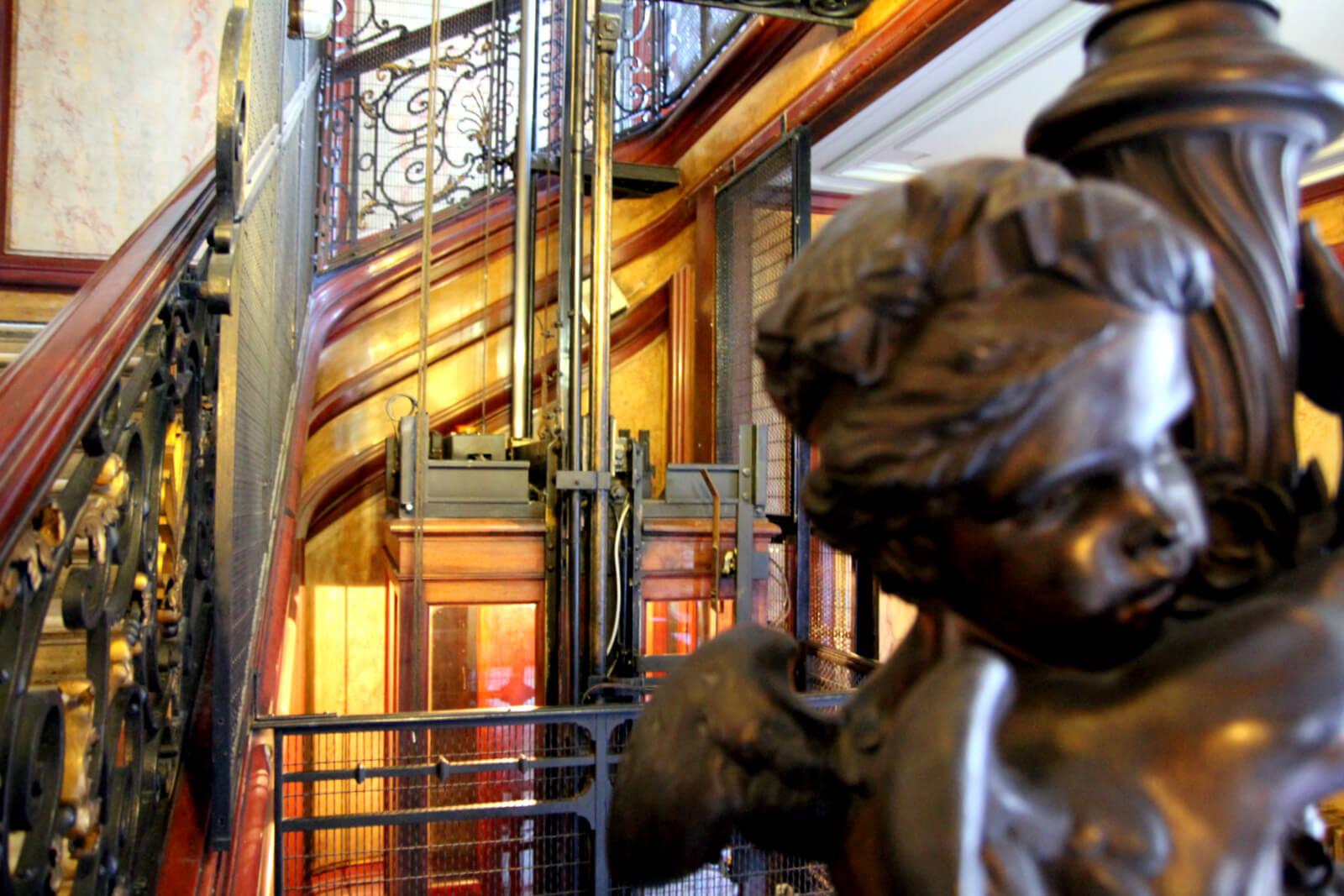 Installation, réparation et maintenance de vos ascenseurs à Paris